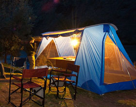 A camp at night along the Deschutes River