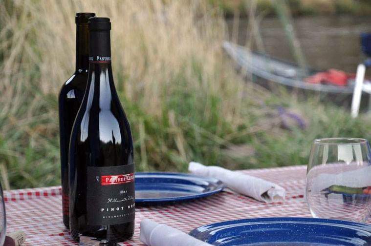 Wine and dine on the Deschutes River!